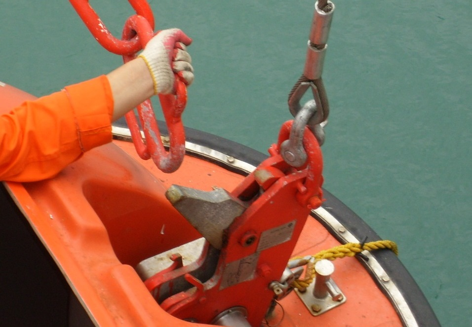 release hooks